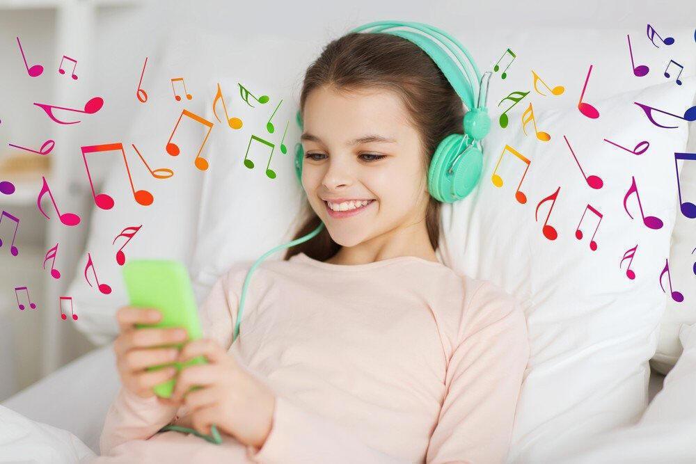 نتيجة بحث الصور عن kid listen music photoâ€�